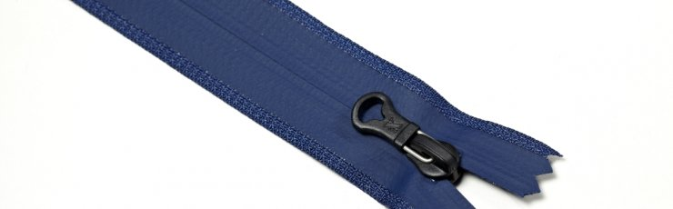 X3 nylon water resistant zipper
